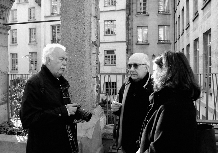 Carlos Vergara, Bertrand Wilmart and Maria do Mar Guinle (owner of MdM Gallery), meeting in Saint-Gervais, November 2014. Photo ©Iñigo Martínez Möller / Portmanteau Productions